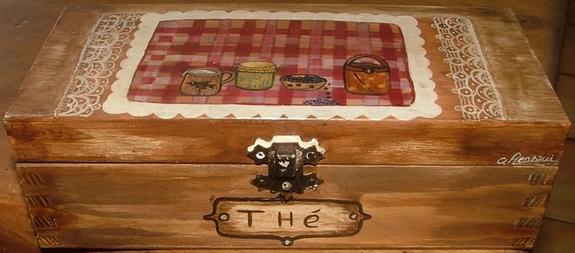 Nathalie renzacci d coration d 39 int rieur bo te en bois boite th poy - Decoration boite bois ...